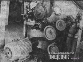Бесшестеренчатое приводное устройство вальцового станка